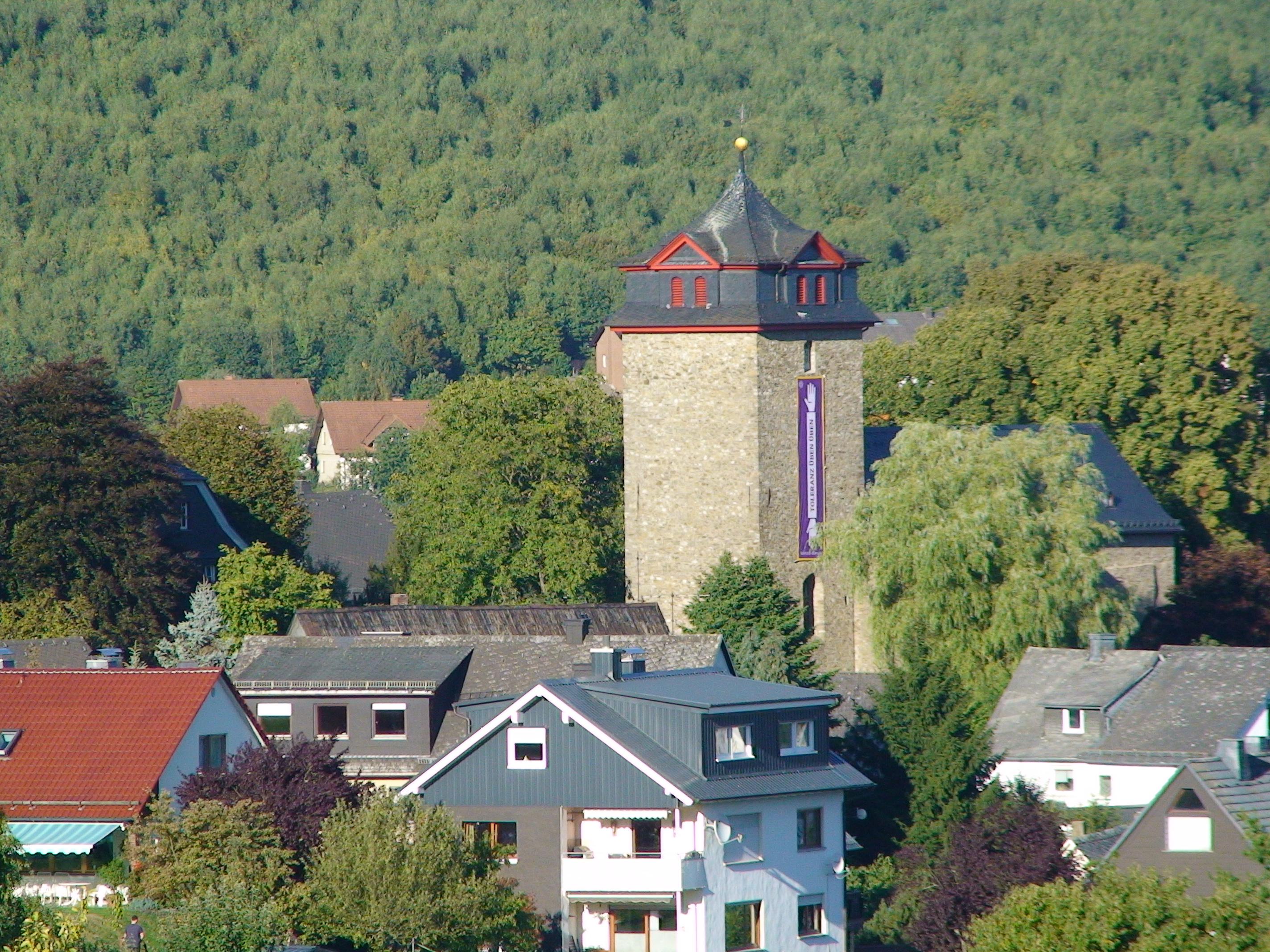 2013 Margarethen Kirche Von der Weidelbacher Hhe herab kommend
